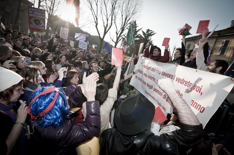 Demonstration angehalten in Arcore 6. Februar 2011 lizenzfreies stockbild