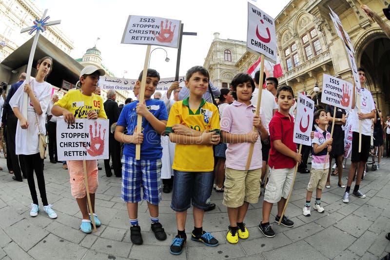 Demonstration mot förföljelser och grymheter i Irak royaltyfri fotografi