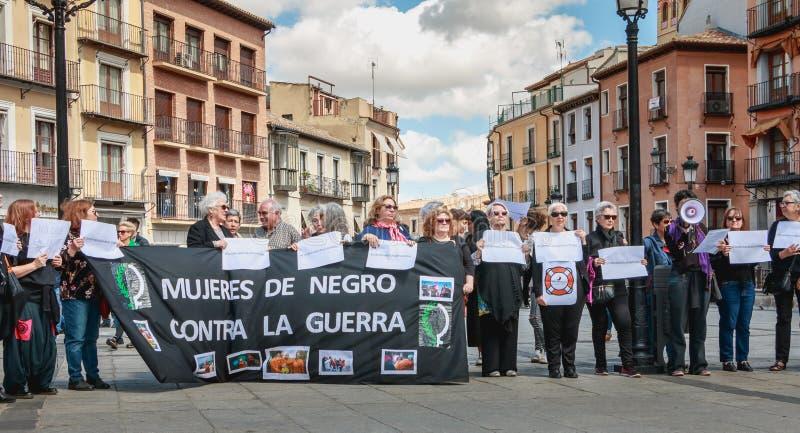 Demonstration von Aktivisten Mujeres de Negro - Frauen in schwarz- a stockfotos