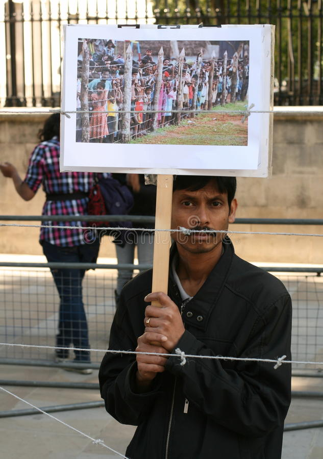 Demonstrationssystem gegen Konzentrationslager stockfotos