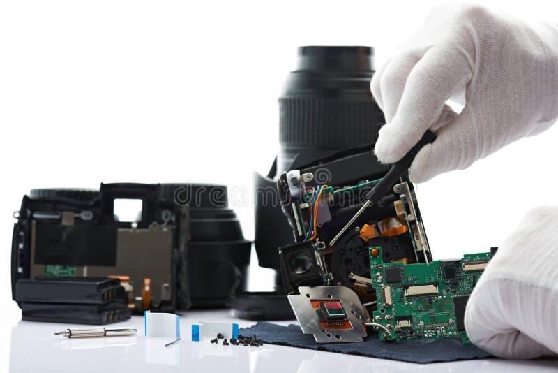 Demonteer moderne fotocamera royalty-vrije stock afbeeldingen