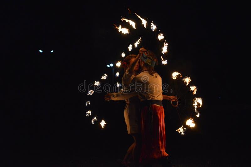 Demostración cosaca del fuego foto de archivo