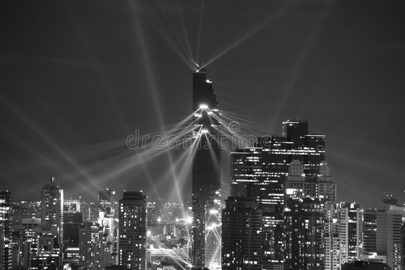 Demostración de la luz de la noche sobre área de CBD en Bangkok imágenes de archivo libres de regalías