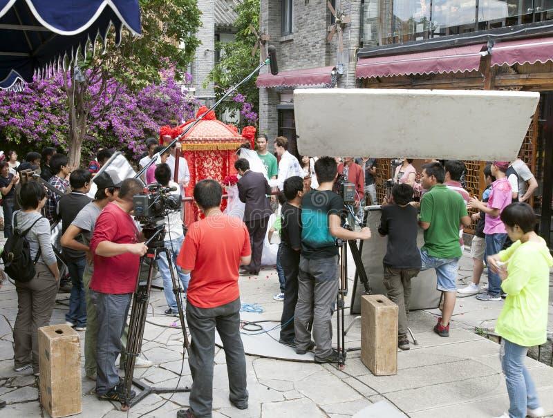 Demostración de TV de la película del equipo de película en China imagen de archivo