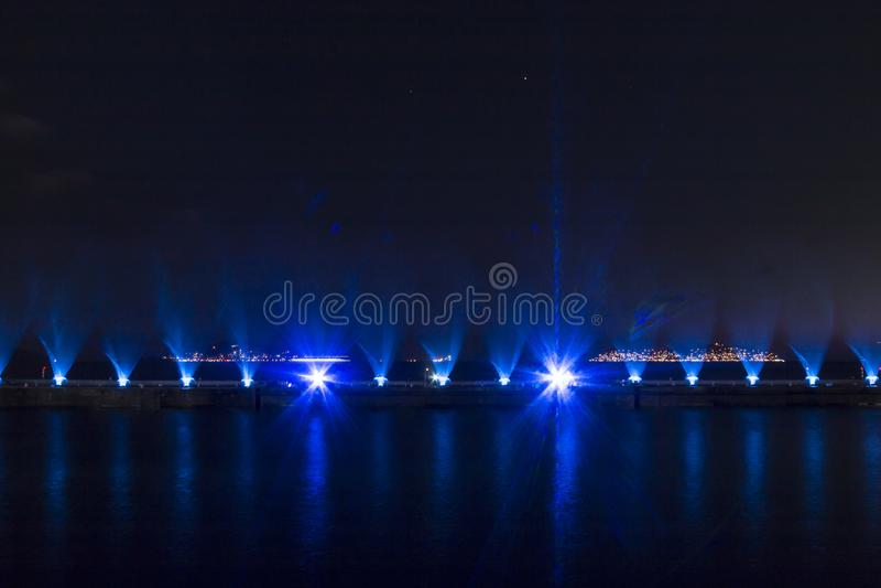 Demostración del laser en Maltepe, Turquía Escena, fuego fotos de archivo