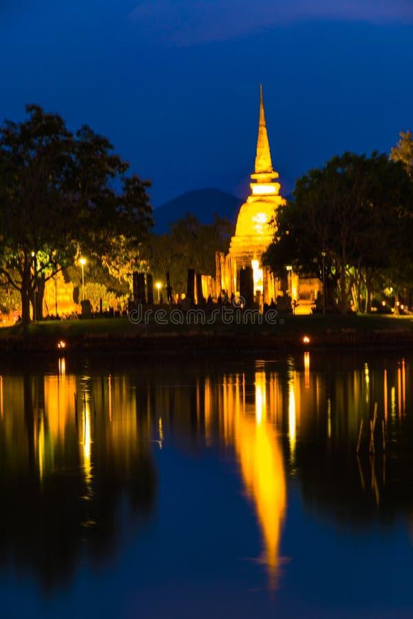 Demostración ligera en el templo foto de archivo libre de regalías