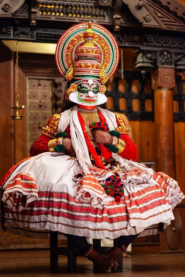 Demostraci?n de la danza de Kathakali en Cochin, la India foto de archivo libre de regalías