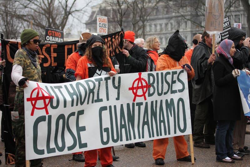 Demostraciones cercanas de Guantánamo imagen de archivo