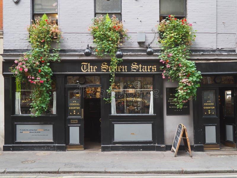 Den äldsta baren i London arkivbilder