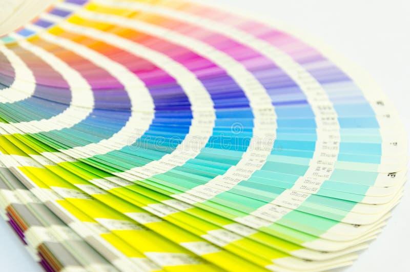 Den öppna prövkopian färgar katalogen arkivfoto