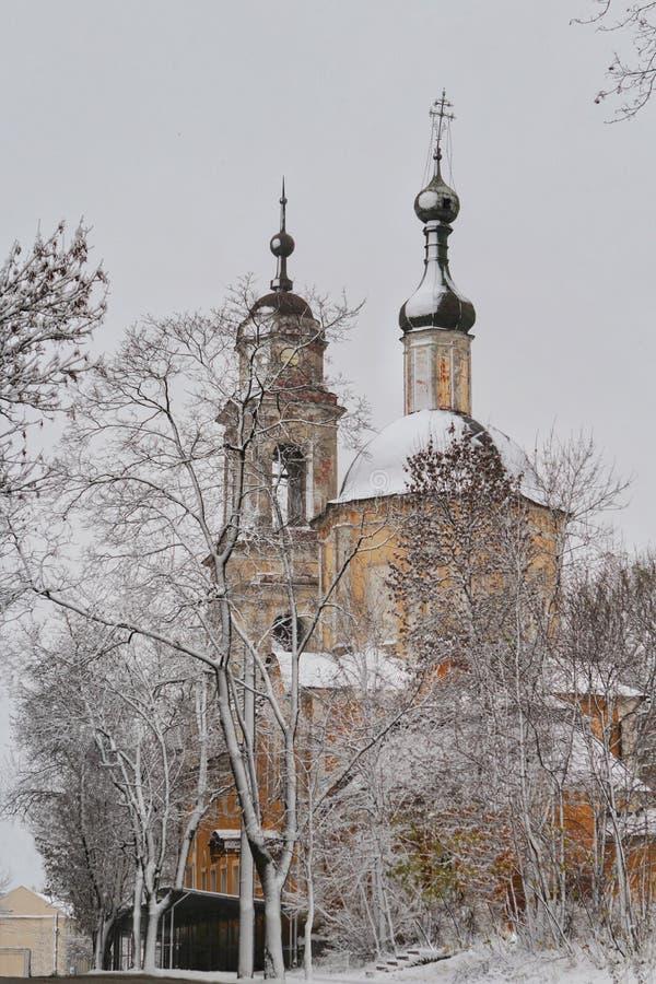 Den övergav Ortodox kyrkan i vinter, Ryssland royaltyfria bilder