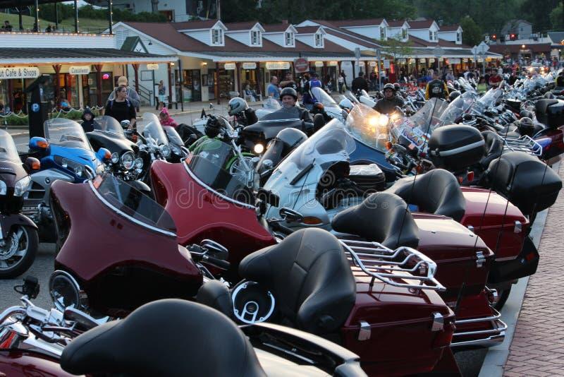 Den Americade motorcykeln samlar - sjön George, NY arkivbild