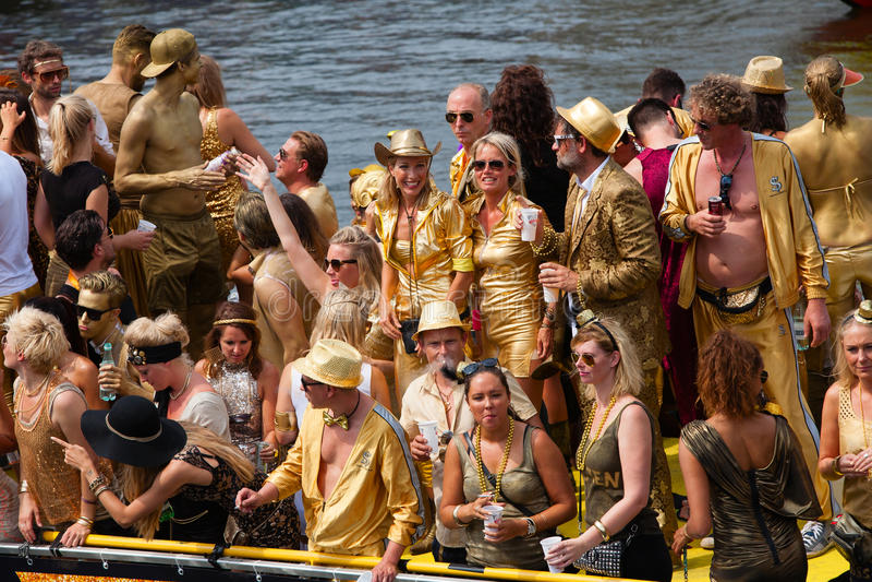 Den Amsterdam kanalen ståtar 2014 arkivbild