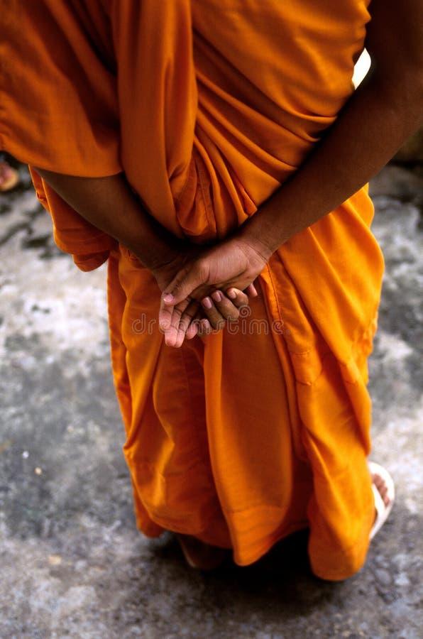 den angkorcambodia monken fördärvar wat royaltyfri foto