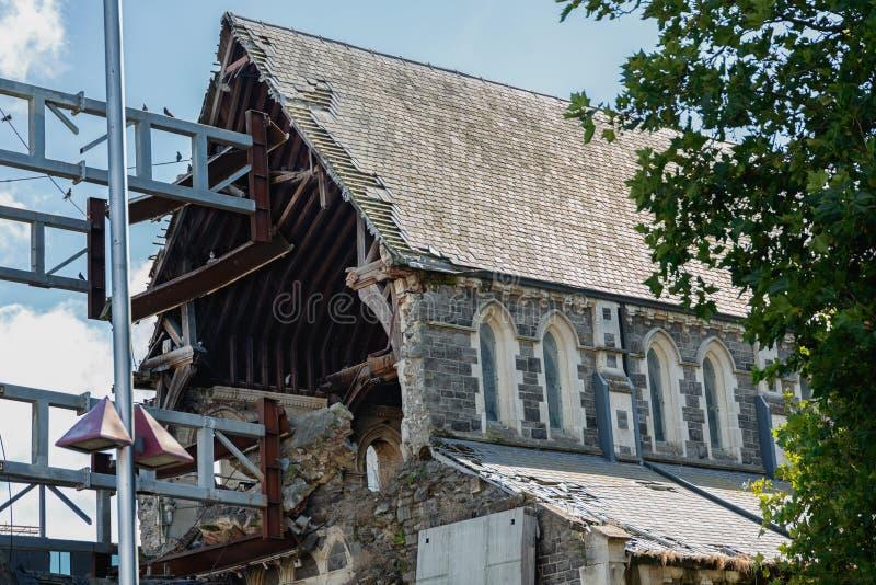 Den anglikanChristchurch domkyrkan skadlig efter jordskalv, Christchurch, södra ö av Nya Zeeland arkivbilder