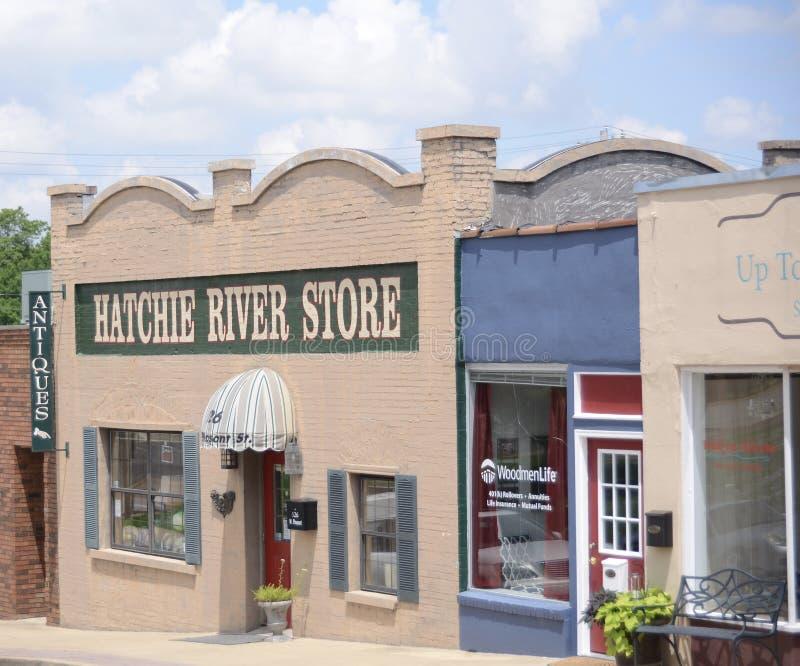 Den antika Hatchie floden shoppar, Covington, TN fotografering för bildbyråer