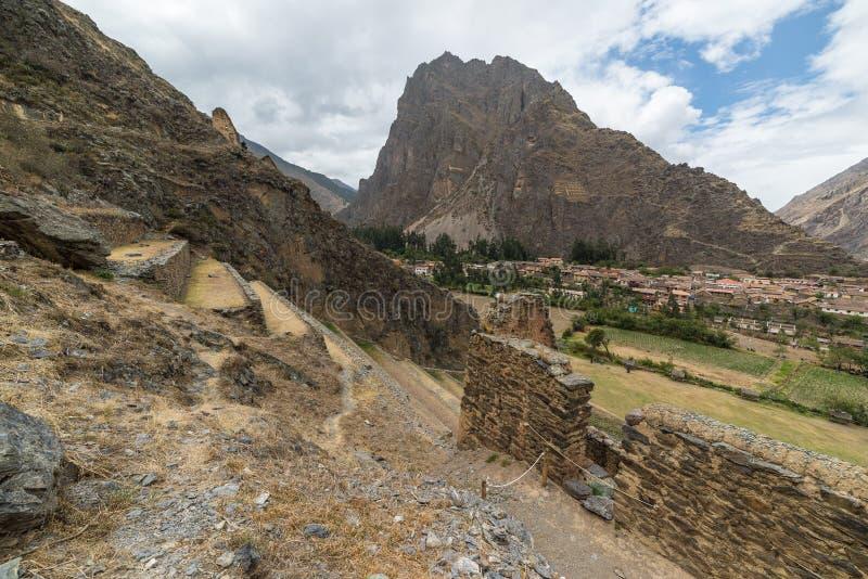 Den arkeologiska platsen på Ollantaytambo, Incastad av den sakrala dalen, ha som huvudämne loppdestinationen i den Cusco regionen royaltyfria bilder