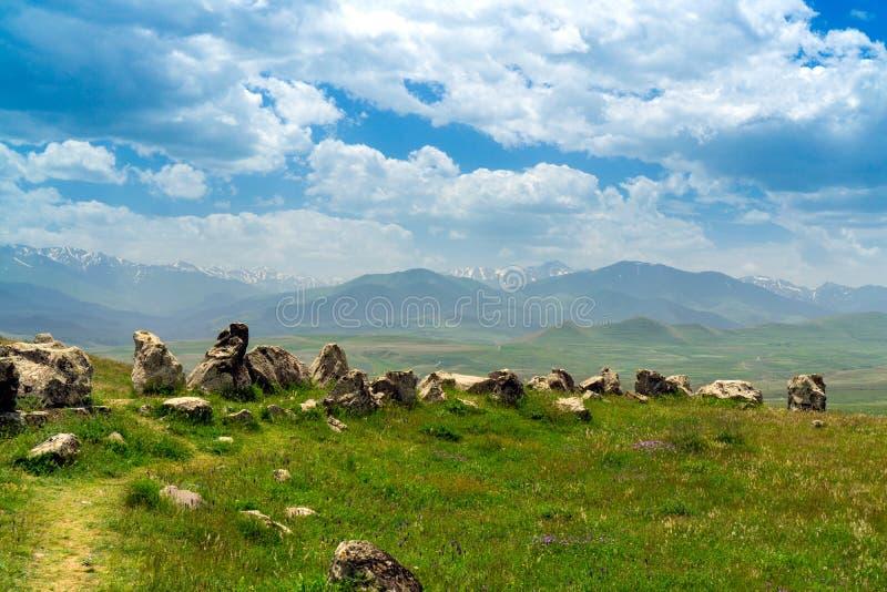 Den armeniska Stonehenge Carahunge forntida observatoriet royaltyfria bilder