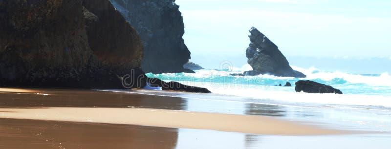 Den atlantiska stranden royaltyfria foton