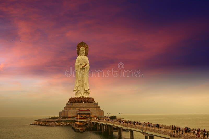 Den Avalokitesvara statyn, Sanya fotografering för bildbyråer