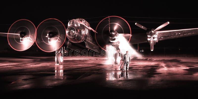 Den Avro Lancaster bombplanen startar upp arkivfoto
