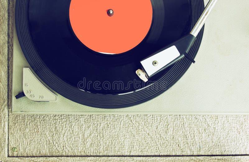 Den bästa sikten av den gamla skivspelaren, bild är retro som filtreras