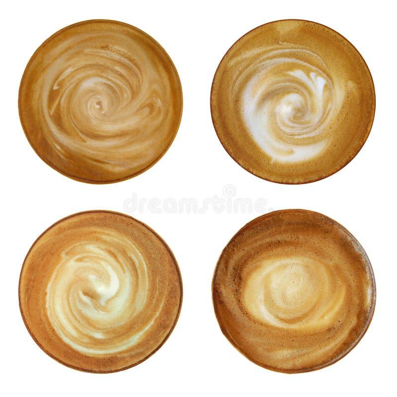 Den bästa sikten av den varma kaffecappuccinospiralen mjölkar skum som isoleras på w arkivbild