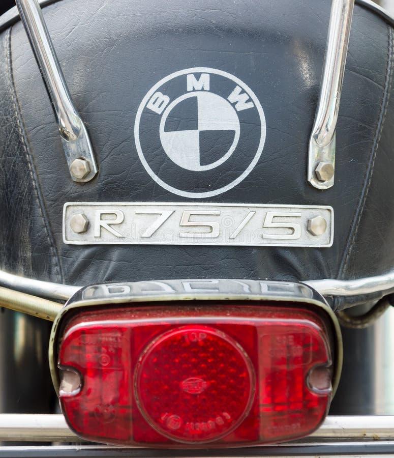 Den bakre bromsljusmotorcykeln BMW R75/5 arkivbilder