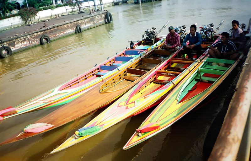 den bangkok floden taxar arkivfoto