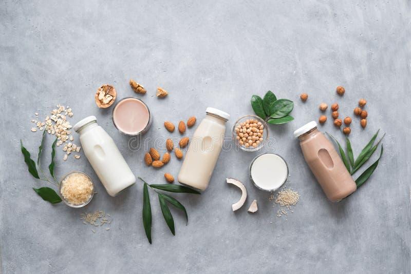 Den baserade olika växten mjölkar royaltyfri foto