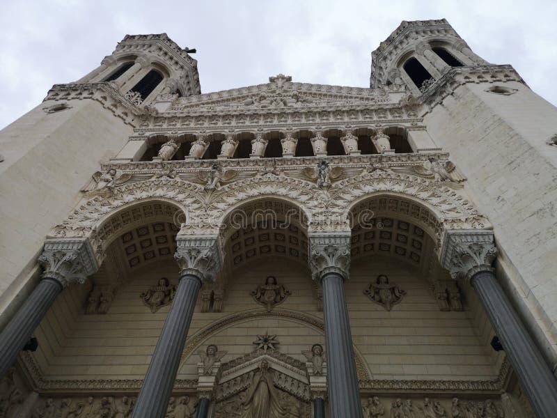 Den basilic Notre-Dame de Fourvière, Lyon, Frankrike royaltyfria bilder
