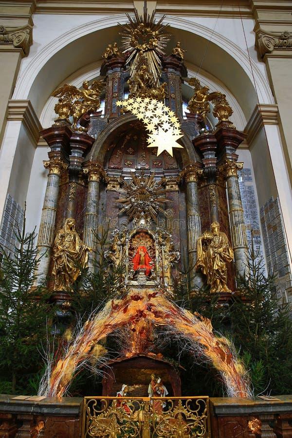Den begynnande Jesus av Prague (tjeck: För Jezulà för PraÅ ¾ské tko ¡;), kyrktaga av vår dam royaltyfri foto
