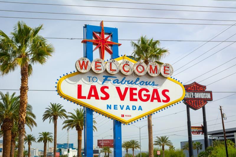 Den ber?mda v?lkomnandet till det sagolika Las Vegas tecknet USA arkivbilder