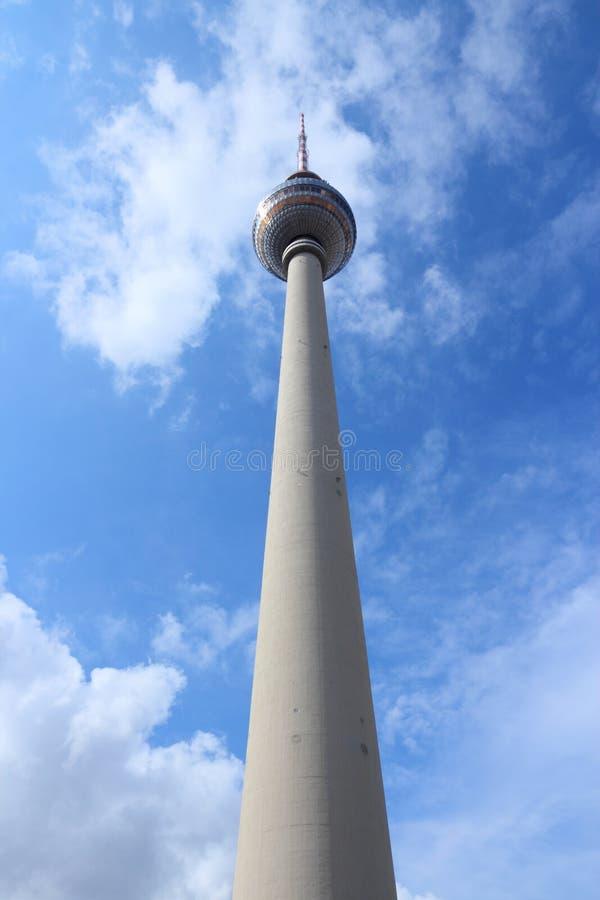 Den Berlin TV:N står hög royaltyfria bilder