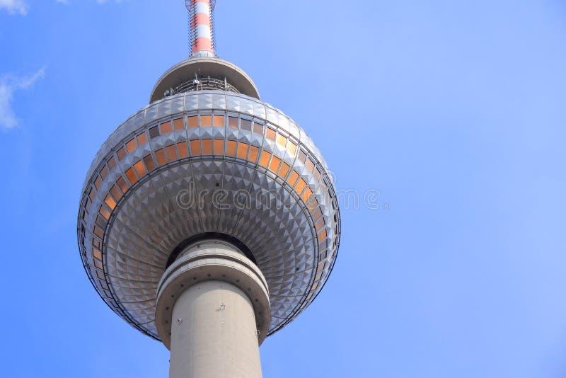 Den Berlin TV:N står hög fotografering för bildbyråer