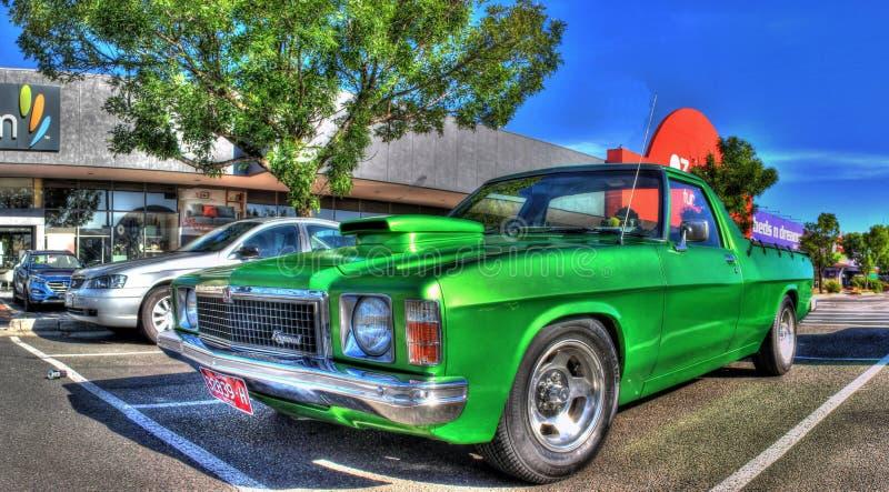 Den beställnings- 70-talaustraliern byggde den Holden Kingswood uten arkivfoto