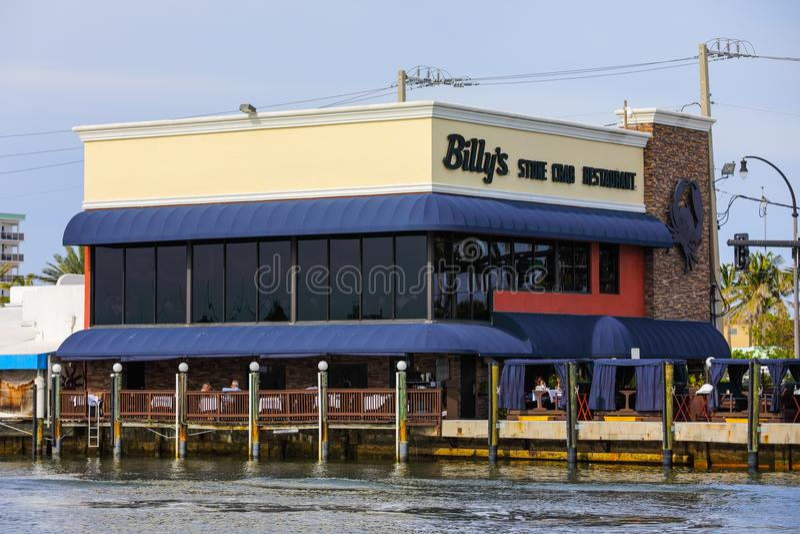Den Billys stenen proppar den restaurangHollywood stranden Florida arkivbilder