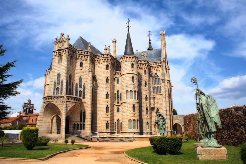 Den biskops- slotten i Astorga arkivbild