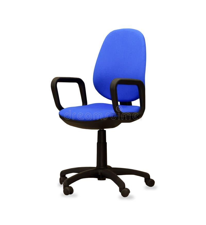 Den blåa kontorsstolen isolerat royaltyfri bild