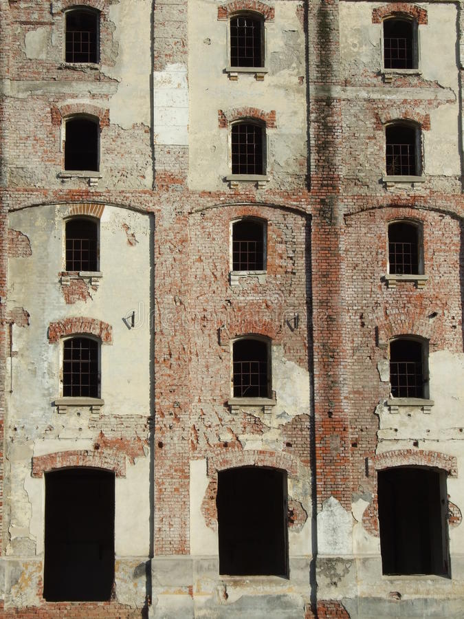 Den Bragadiru ölfabriken fördärvar royaltyfri fotografi