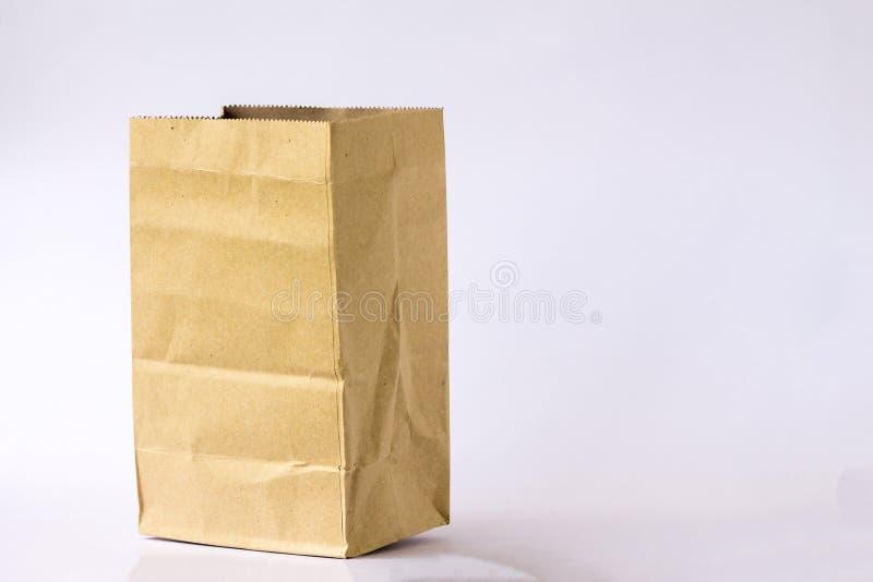 Den bruna pappers- p?sen royaltyfri fotografi