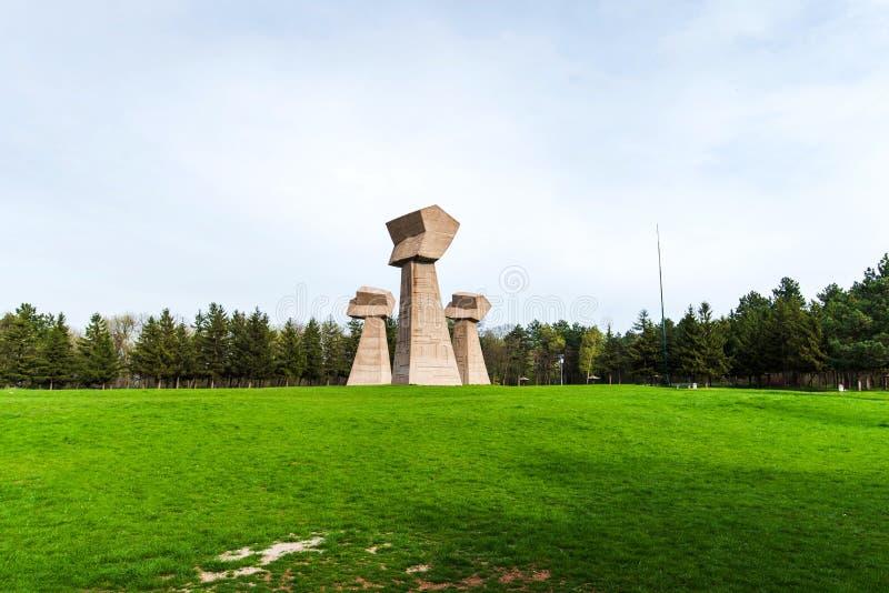 Den Bubanj minnesmärken parkerar i Nis, Serbien arkivfoton