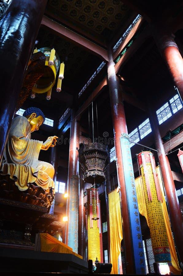 Den buddistiska templet av Jade Emperor Hill, Hangzhou, Kina arkivbild