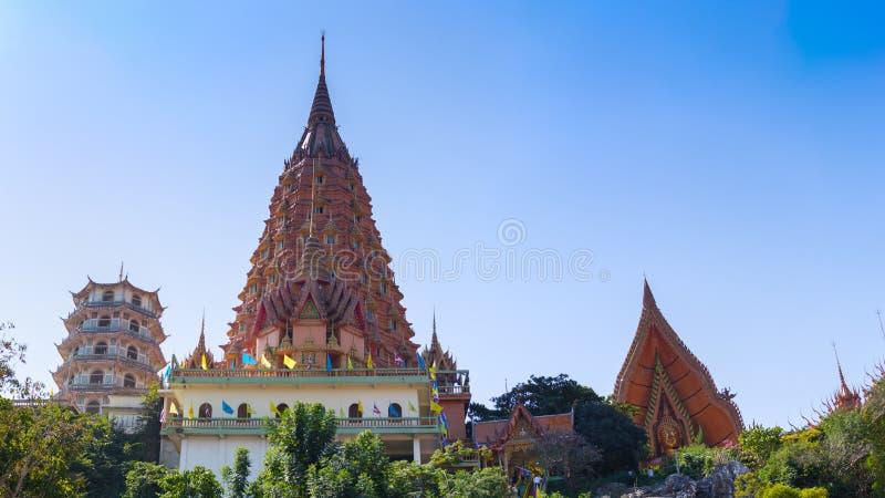 Den buddistiska templet namnger Wat Tham Sua fotografering för bildbyråer