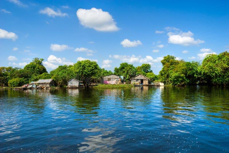 den cambodia laken underminerar tonle arkivbild