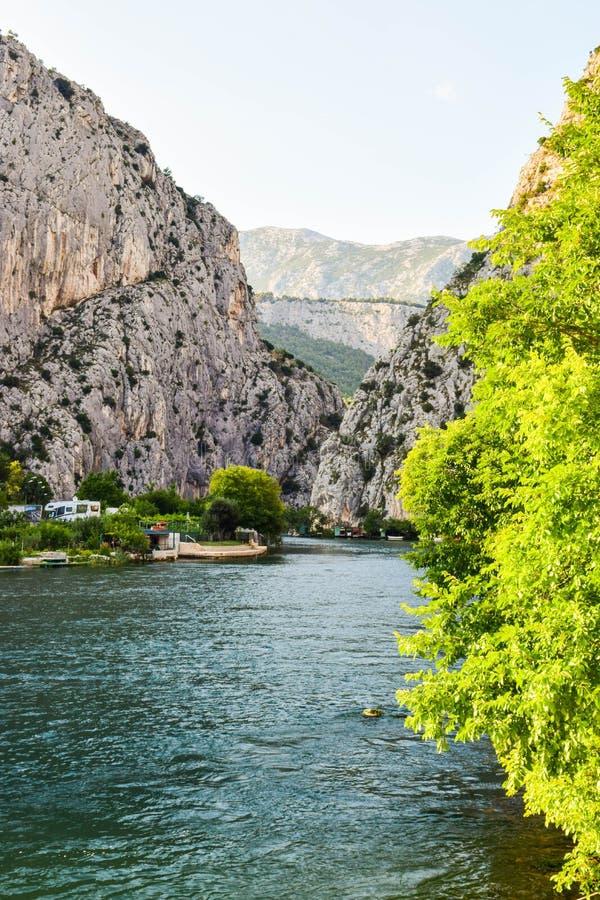 Den Cetina floden arkivfoto