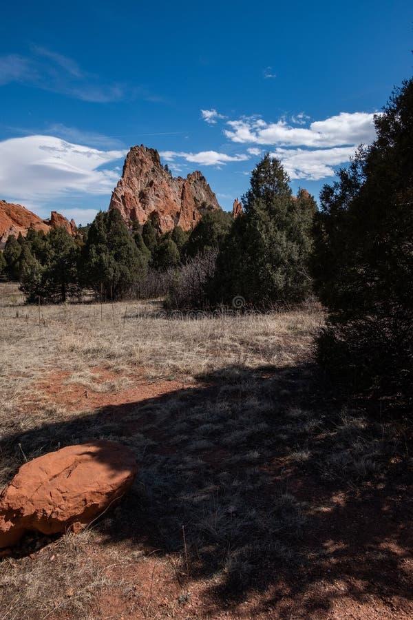 Den Colorado Springs tr?dg?rden av de steniga bergen f?r gudar ?ventyrar loppfotografi arkivfoton
