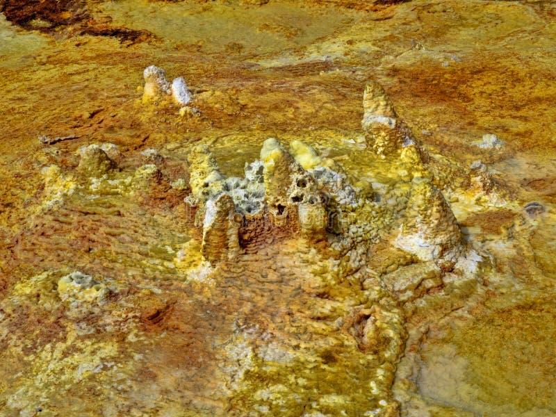 Den Danakil fördjupningen ser som ett landskap på en annan planet ethiopia arkivbilder
