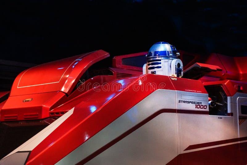 Den Disneyland stjärnan turnerar R2D2 arkivbild