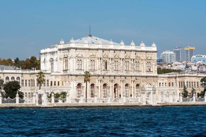 Den Dolmabahce slotten i Istanbul arkivfoto